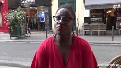 Jacquie Et Michel TV - Tiphaine, 28 Years Old, Restaurateur In Paris