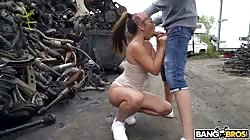 Publicbang Ginebra Bellucci - Sneaky Public Anal