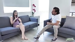 Familystrokes Jenna Ross And Sheena Ryder Family Therapy